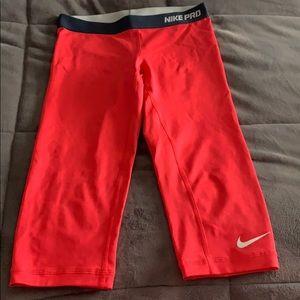 Nike pro compression leggings